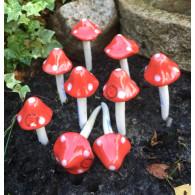 paddestoel 13 cm rood met witte stippen