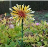 tuinsteker bloem geel hoog 1.42 meter rond 35 cm op=op