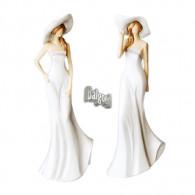 vrouw met hoed staande polystone crème hoog 31 cm 2 assortiment design op=op